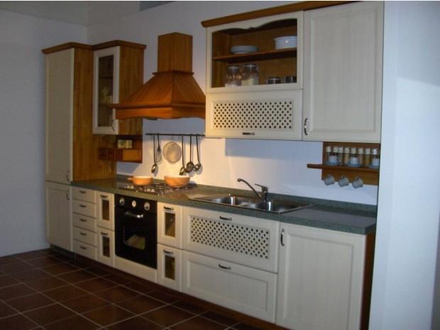 Cucina In Pino Prezzi : Cucine soggiorni e camere grattarola a prezzi scontati a monza e