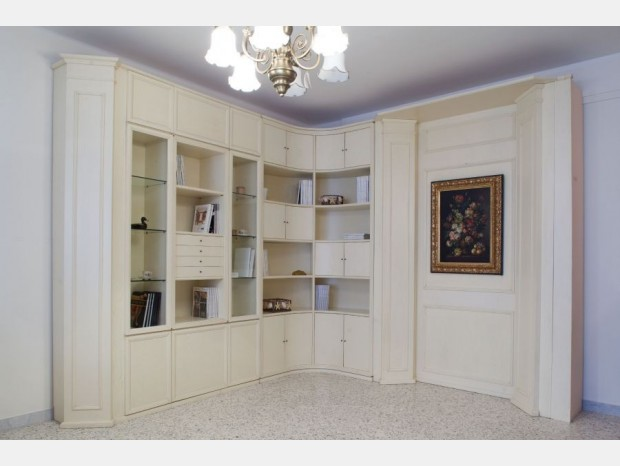 Produzione artigianale soggiorno neoclassico