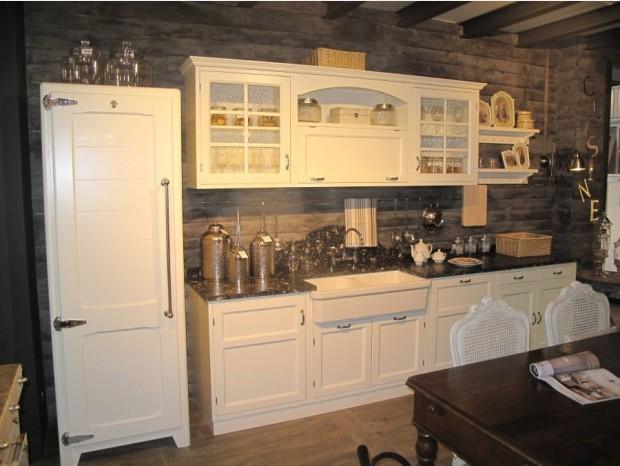 Cucine moderne classiche e country a prezzi scontati - Classifica marche cucine ...